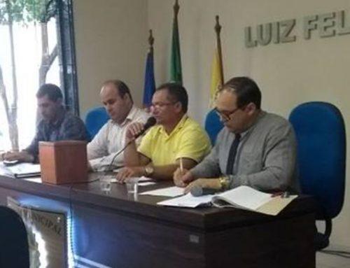 Mesa diretora é reeleita para o 2º Biênio 2019/2020